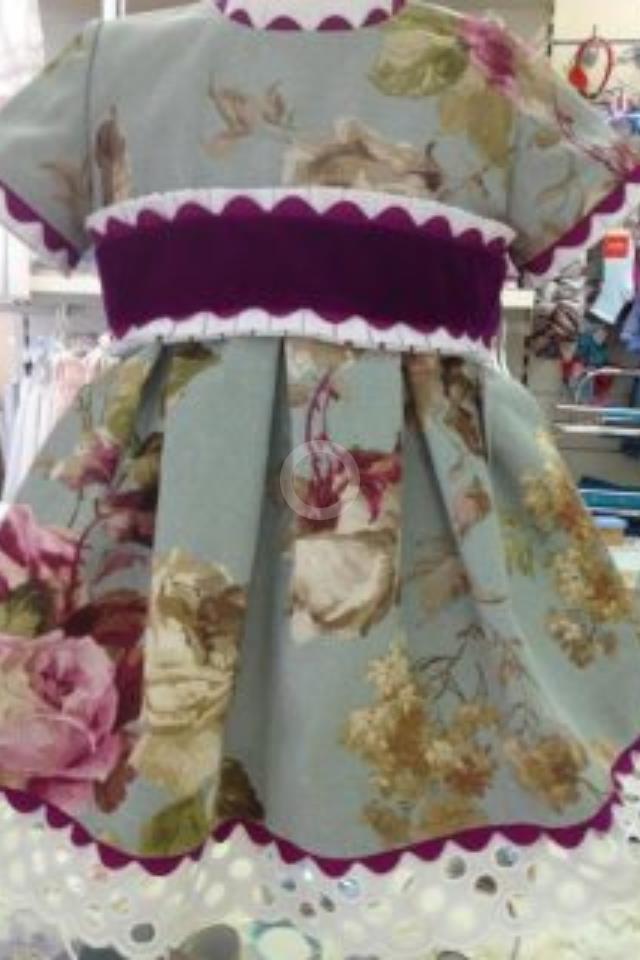 telas divinas-tela estampada flores nae-vestido flores