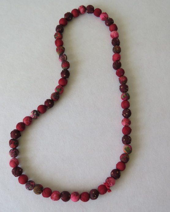 telas divinas-collar bolas seda rosa-tienda telas on line-telas online