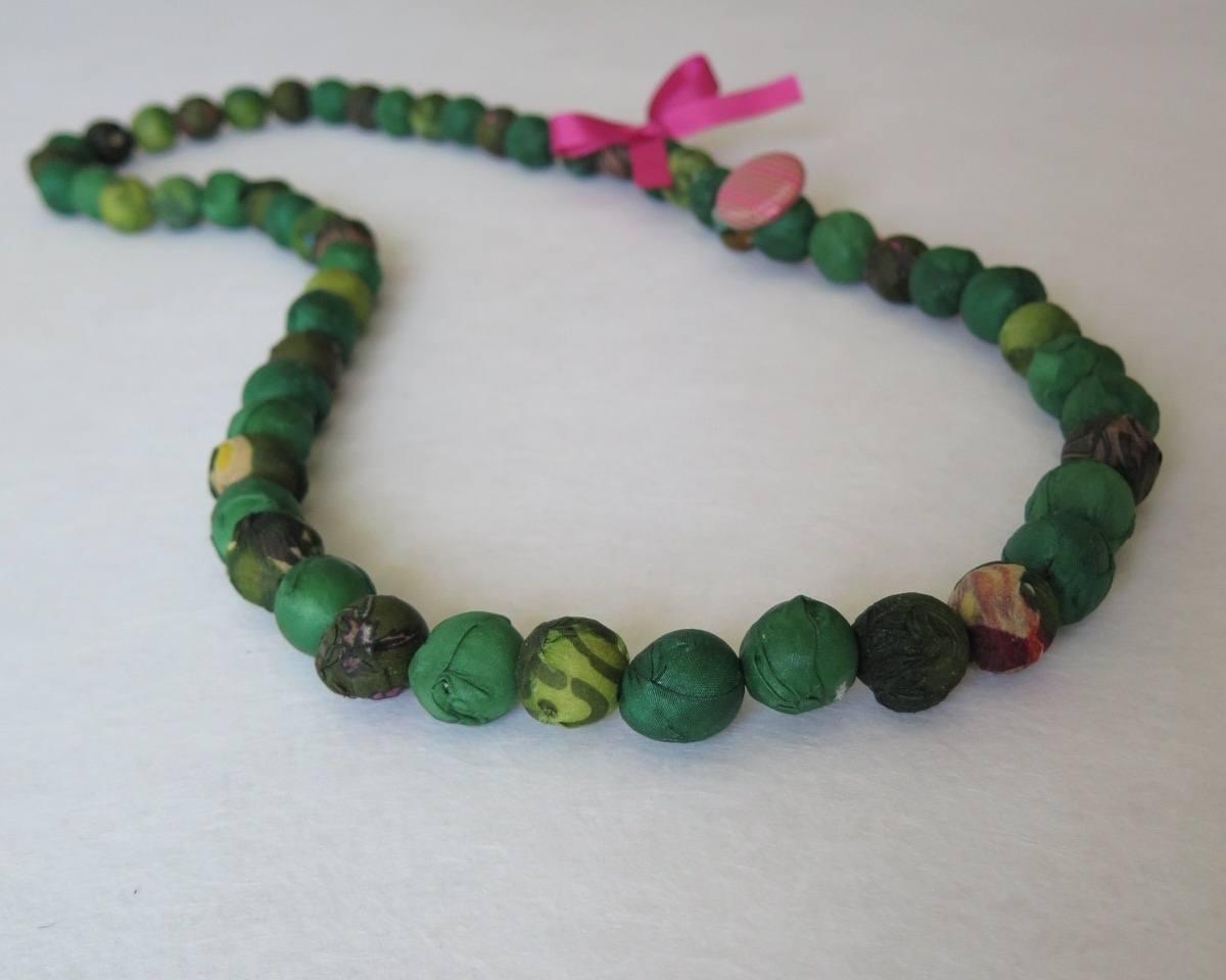 telas divinas-collar bolas seda verde-tienda telas on line-telas online