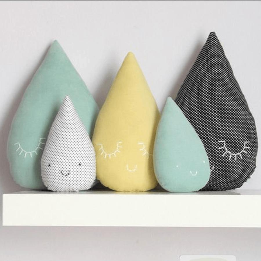 telas divinas-cojines lluvia-cojines originales-cojines gotas agua-telas online