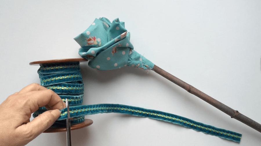 telas divinas-como hacer flores de tela-10