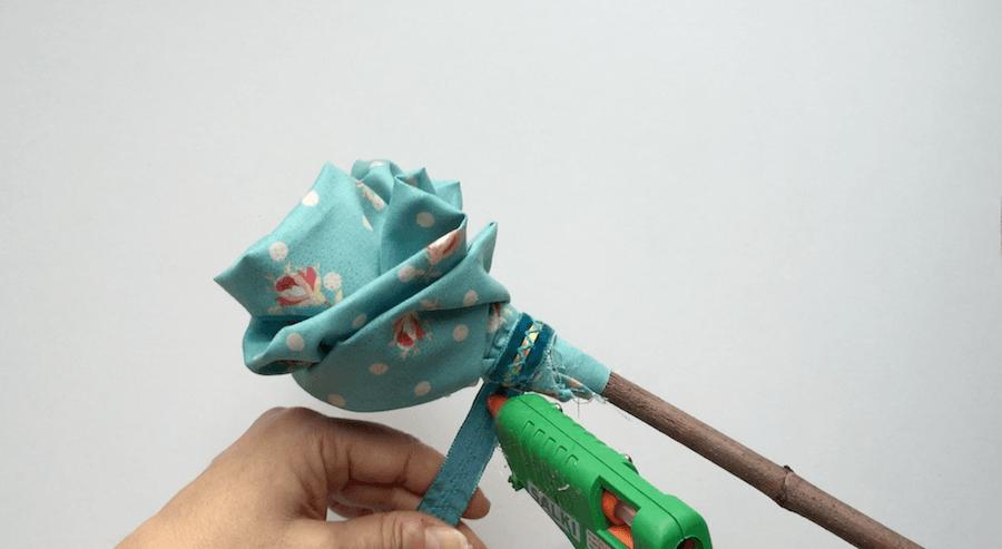 telas divinas-como hacer flores de tela-11