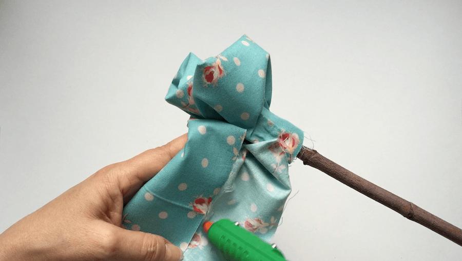telas divinas-como hacer flores de tela-7