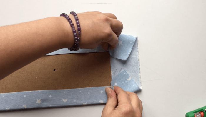 hacer un perchero de pared de tela