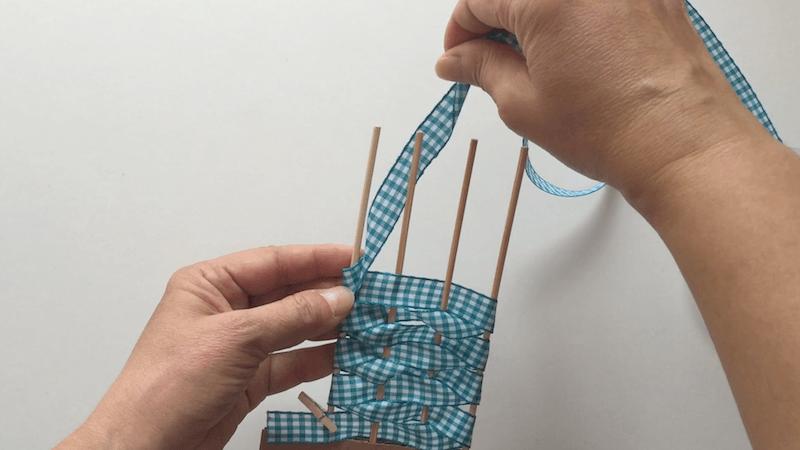 hacer flores con cintas