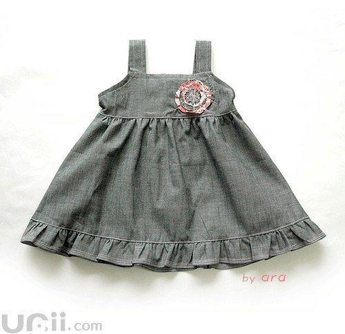 vestido de tela vaquera para niña