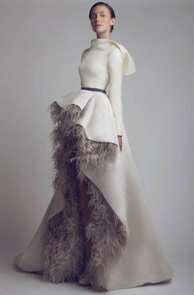 697462638 Vestidos de novia originales