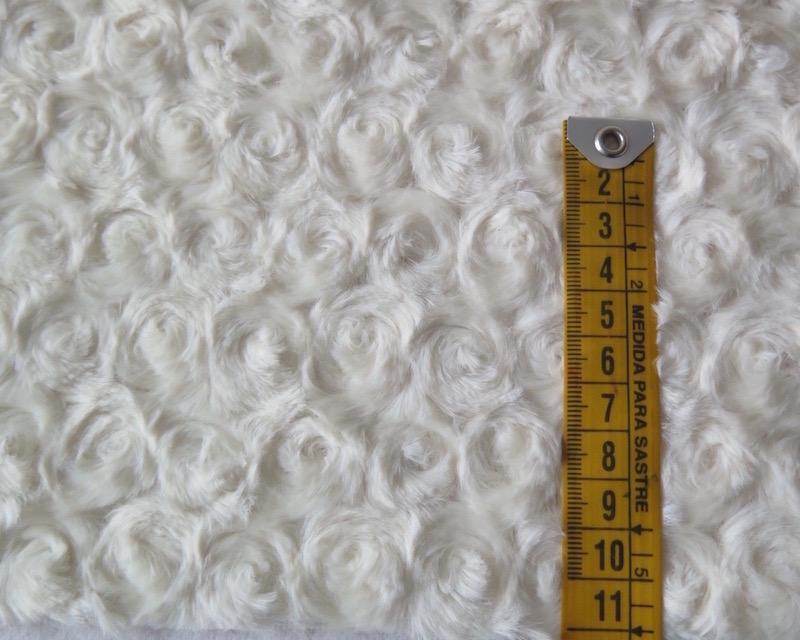 Tela pelo rizo marfil perfecta para ropa y for Telas marfil malaga