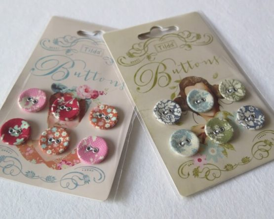 botones forrados de tela de tilda