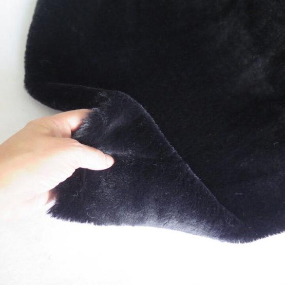 tela pelo negro