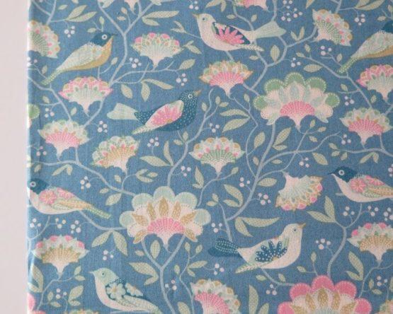 tela estampada tilda pájaros azul